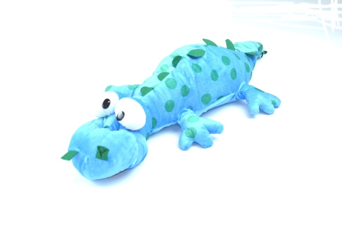 Dino liegend, Glubschaugen, 2-farbig sortiert ca 90 cm