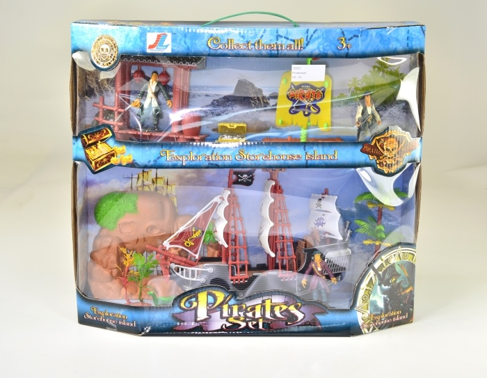 Piratenset mit 2 Booten und Zubehör in Box ca 42x37cm