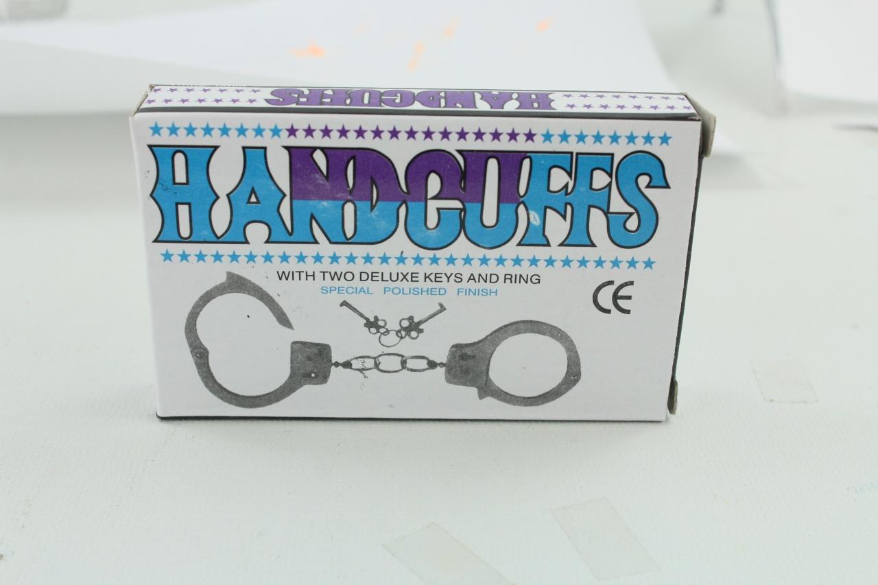 Handschellen aus Metall in Box ca 11x7x1,5cm