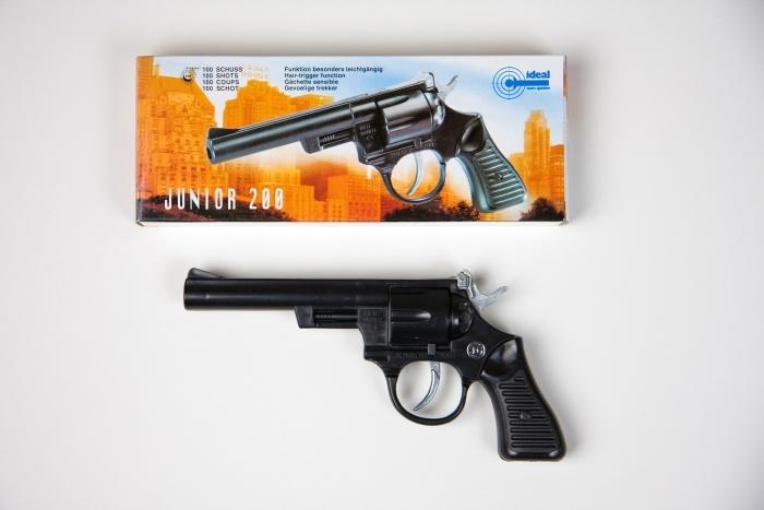 100-Schuss-Revolver Junior 200