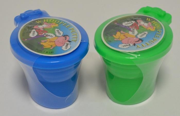 Toilettenpupsknete 4-fach sortiert ca 6,5 x 5 x 4,5 cm