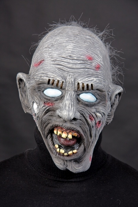 Latexmaske Zombie mit Haarflaum