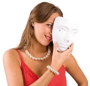 Maske-  weiß für Kinder u Erwachsene