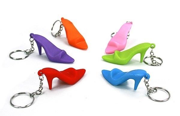 Schuhe 6-fach sortiert an Schlüsselanhänger - ca 6,5cm