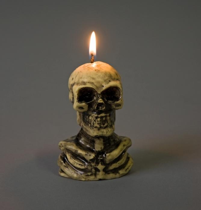 Skelett-Kerze