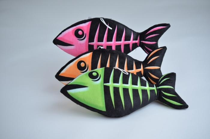 Fisch neonfarbene Gräten, 3-farbig sortiert ca 30 cm