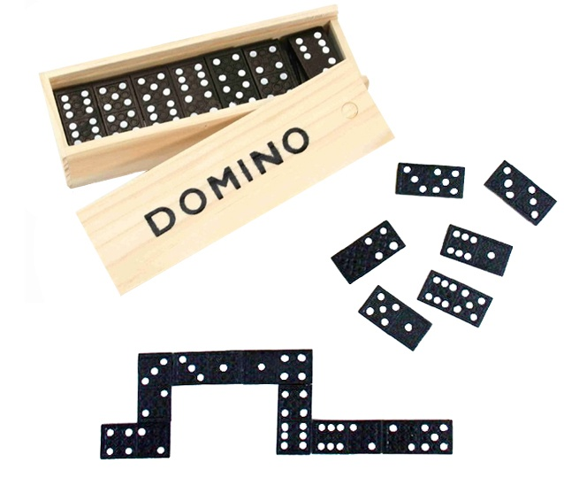 Domino in Holzbox ca 15x5x3cm