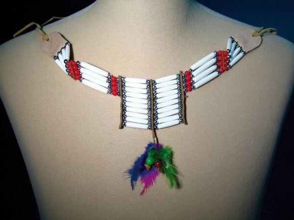 Indianer-Brustschmuck