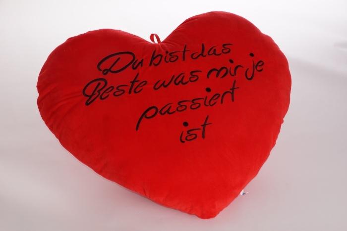 Herz rot, mit schwarzer Stickerei ca 20cm