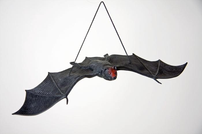 Fledermaus mit Gummiband, ca. 30 cm
