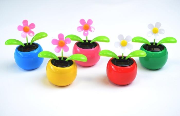 Solar Blume 5 sortierte Farben ca 11 x 11 cm