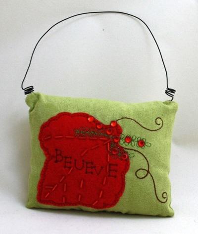 Weihnachtstürschmuck Kissen Blattca 13,5x10,5cm