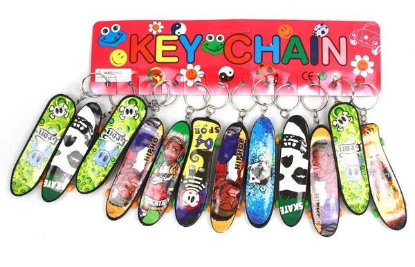 Skateboard mehrfach sort an Schlüsselanhänger - ca 9,5cm