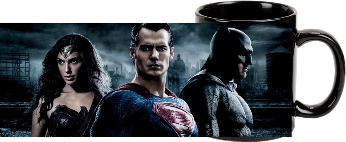 Batman vs. Superman  - Kaffeetasse  aus Steingut, 300ml